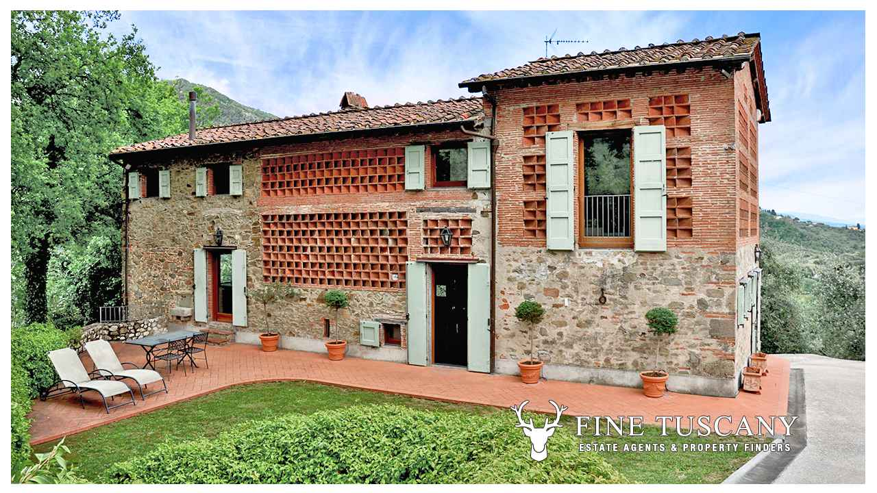 Country House For In Lucca Tuscany Italy
