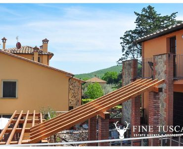 two bedroom apartment for sale in Orciatico Lajatico Tuscany Italy