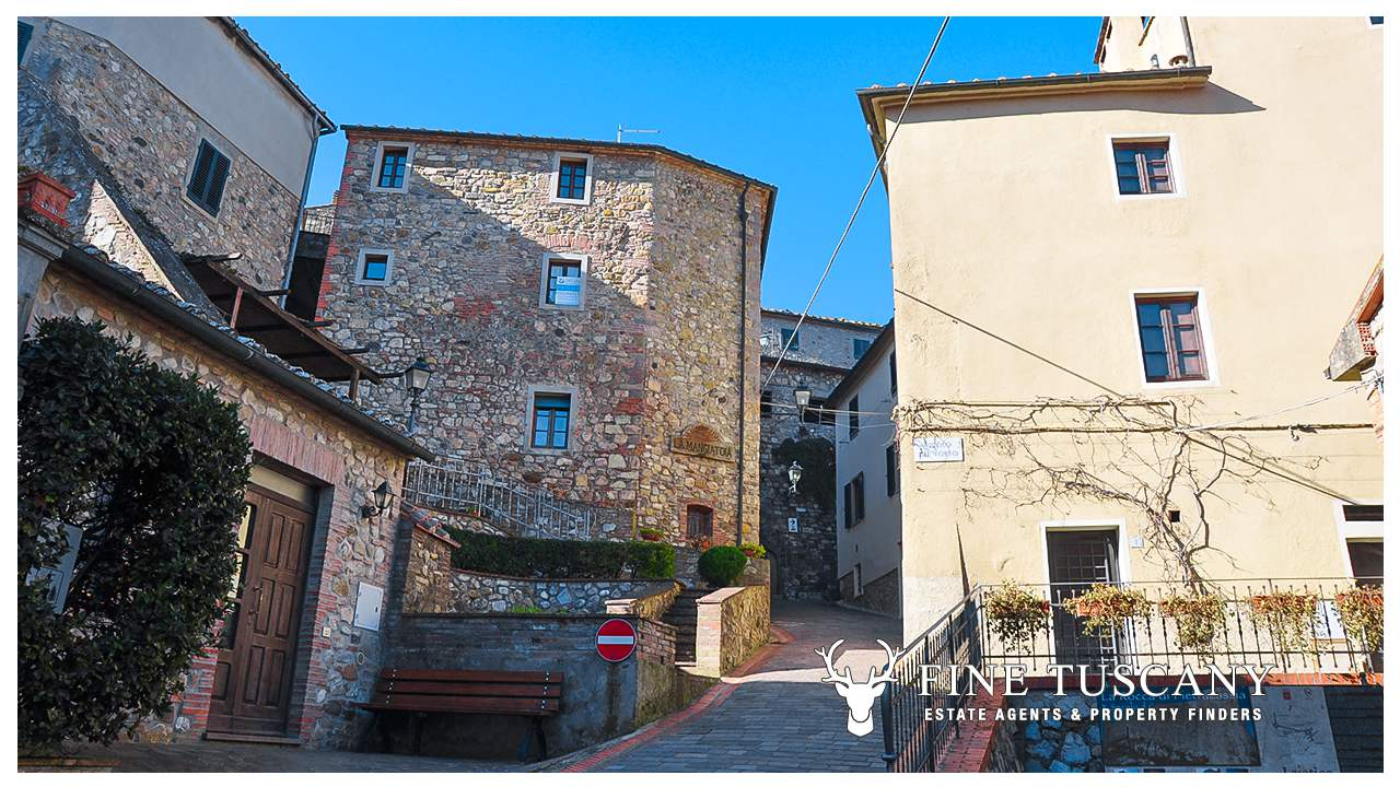 Apartment With Pool For Sale In Orciatico Tuscany Italy