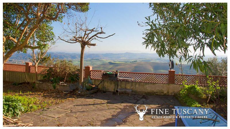 Villa House for sale in Casciana Tuscany Italy