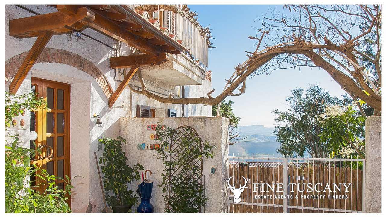 House For Sale In Casciana Tuscany Italy Finetuscany Com