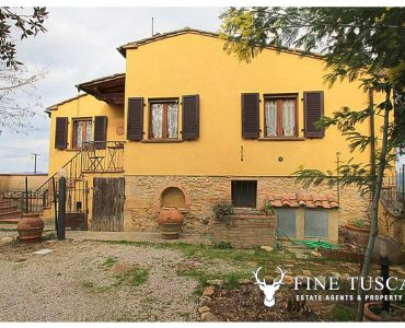 House for sale in Volterra Tuscany Italy