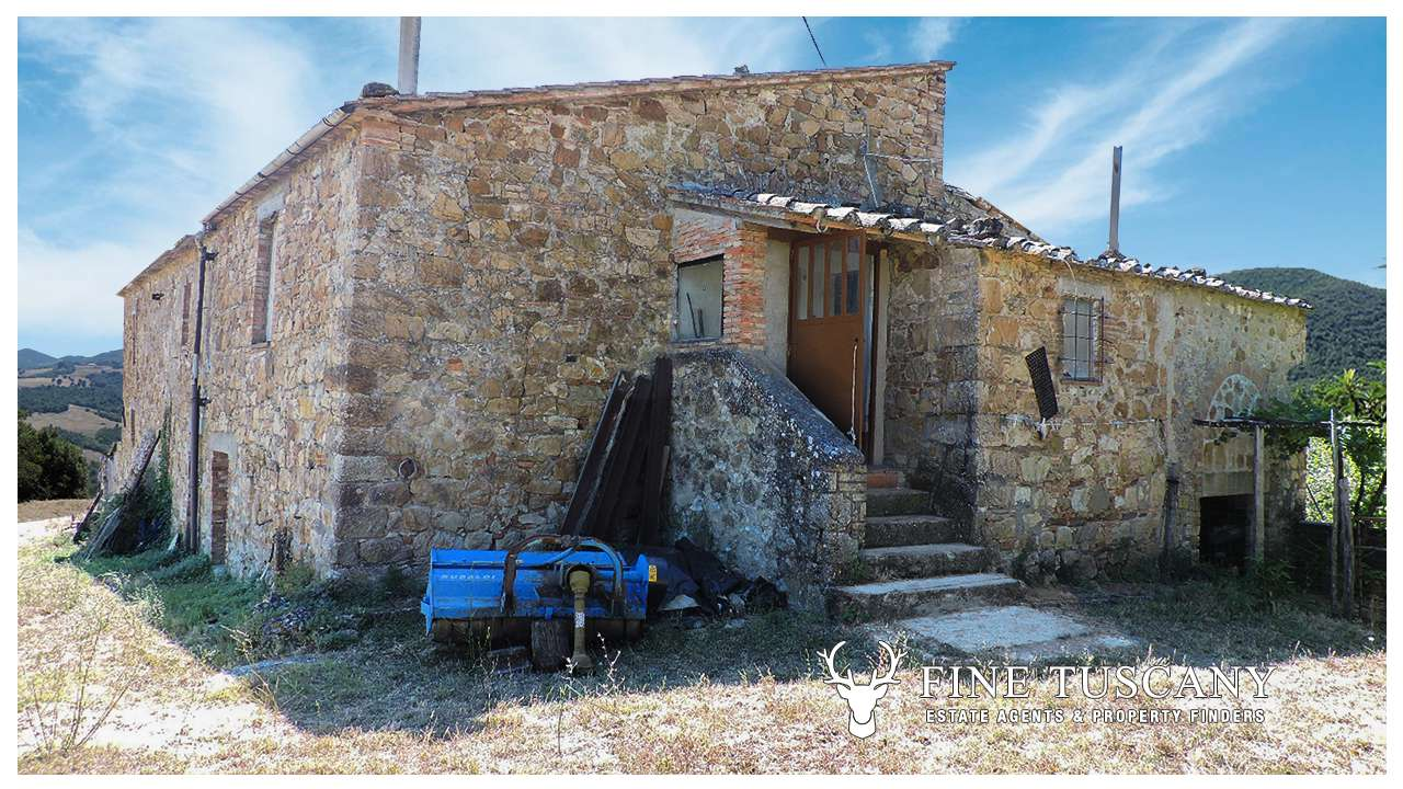 Country House For Sale In Pomarance Tuscany Italy