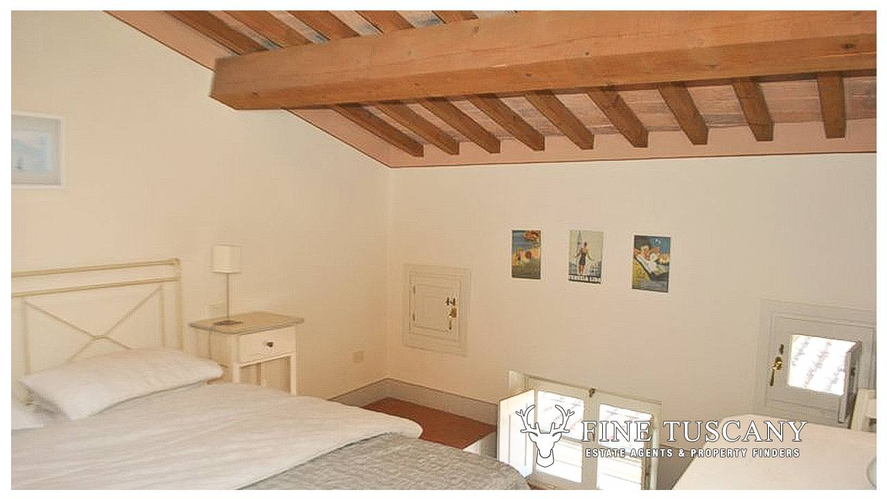 1 Bedroom Apartment With Swimming Pool For Sale In Tuscany Italy