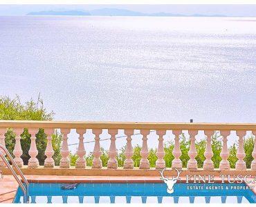 Seaview Apartment for sale in Castiglioncello, Tuscany, Italy