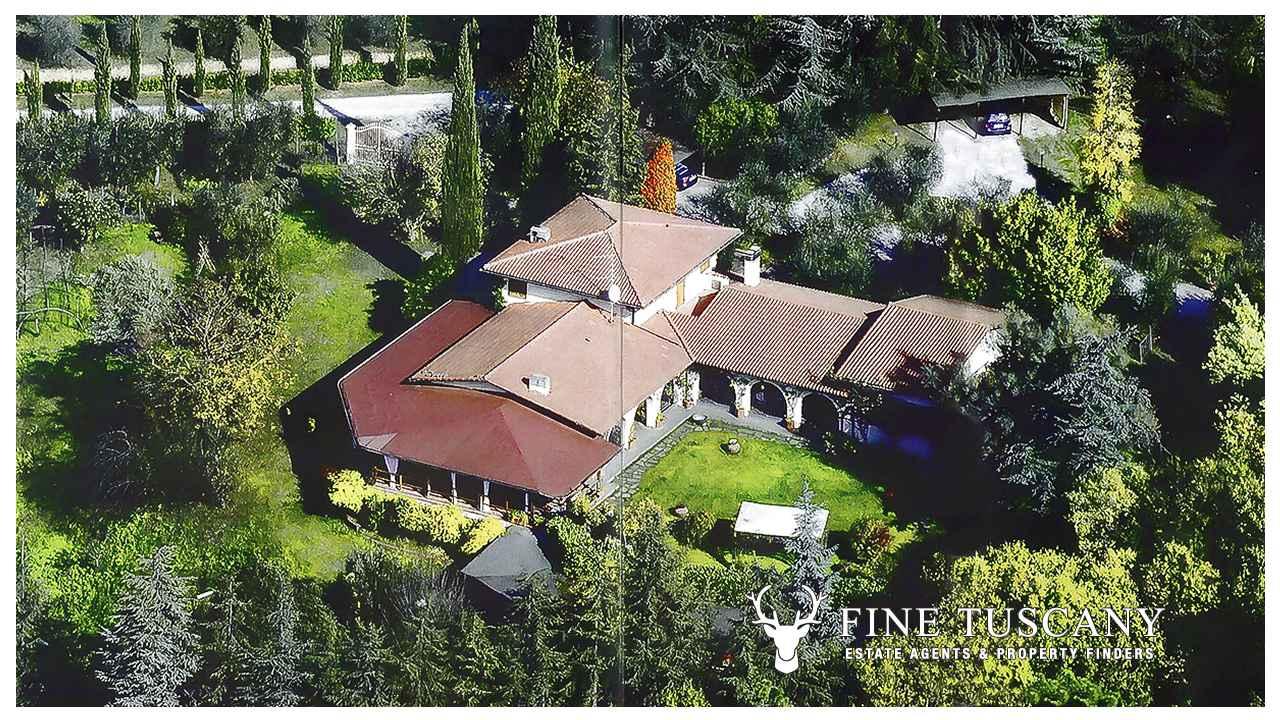 Immobiliers vendre 5 chambres maison de campagne for Acheter une maison en toscane italie