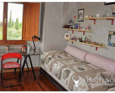 Villa for sale in Bientina, Tuscany, Italy - First floor Single Bedroom 1