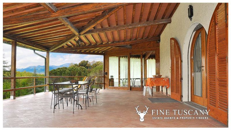 Villa for sale in Bientina, Tuscany, Italy - Terrace 2