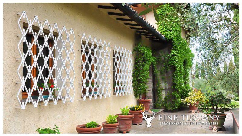 Villa for sale in Bientina, Tuscany, Italy - facade