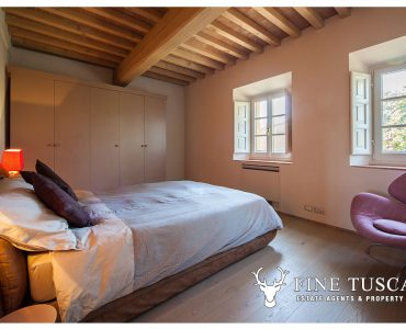 Apartment for sale in Castelfalfi, Tuscany, Double Bedroom 1