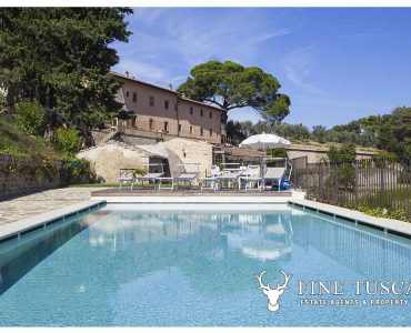 House for sale in Castelfalfi Tuscany Italy