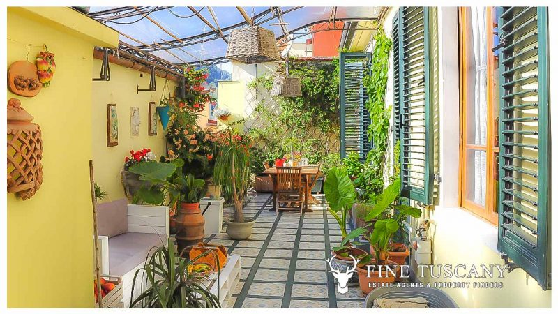 3 Bedroom Property for sale in Carrara Tuscany Italy