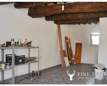 House for sale in Chiusdino Siena Tuscany Italy