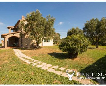 Country House for sale in Scansano Grosseto Maremma Tuscany
