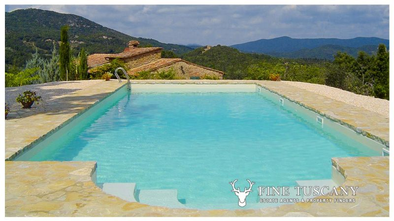 Stone house for sale in Montecastelli Pisano Montecatini Val di Cecina Tuscany