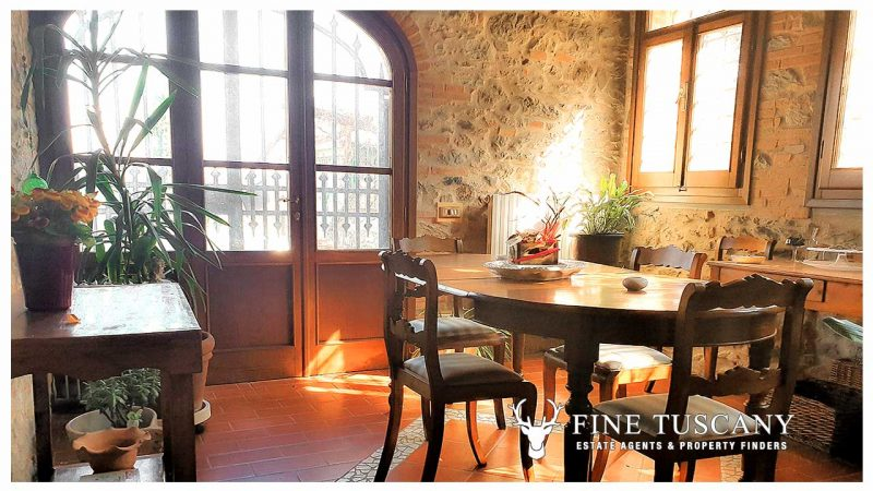 Country house for sale in Montemagno Quarrata Pistoia Tuscany