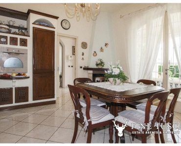 Villa for sale in Viareggio Lucca Tuscany Italy