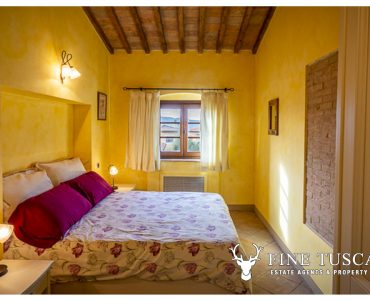 Village Apartment with swimming pool for sale in Lajatico Pisa Tuscany